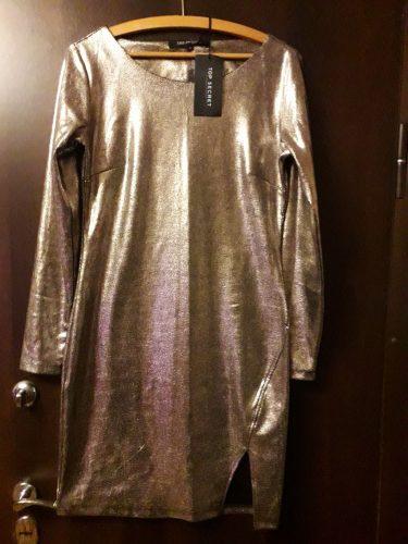 Suknelė aukso spalvos